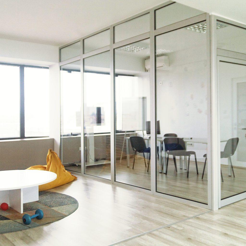 Glass_Relax_Corner_Vlae